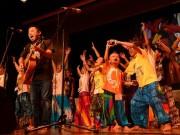 札幌でカンボジアの子どもたちが伝統舞踊披露 アーティストとのコラボも