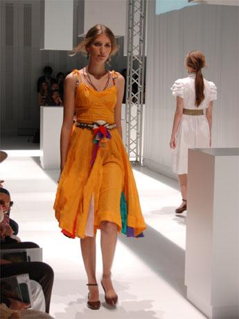 NAVER まとめ夏の装いはブラジル発!ラテンファッションに世界が注目!