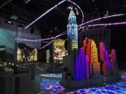 ネイキッド、渋谷ヒカリエで「都市」のアート展 東京駅プロジェクションマッピング再現も