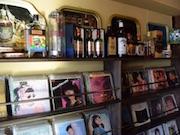 下北沢にカフェ&バー レコード持ち込みにも対応