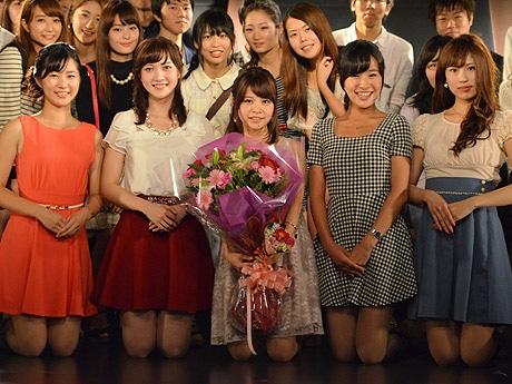 「ミス理系コンテスト2014」の出場者5人の集合写真 - 下北沢経済新聞