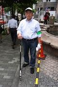 歌舞伎町で「ガム取り」活動8年目-NPO法人「環境まちづくりネット」