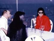 初来日マイケル・ジャクソンさんが浅野ゆう子さんと会食-ホテルが追悼企画