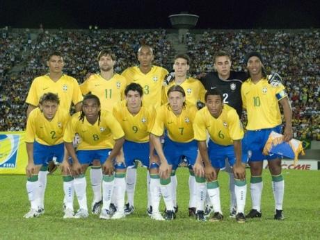 シンガポール経済新聞サッカー・ブラジル五輪代表、シンガポール選抜と親善試合-日本人選手もプレー