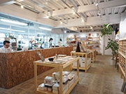 福岡・白金に文具・雑貨メーカー「ハイタイド」直営店 コーヒーやホットサンドも