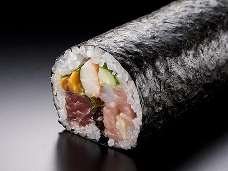 ヒルトン東京お台場で1本1万円の「セレブ巻」販売へ 大トロ、ウニなど高級食材使う