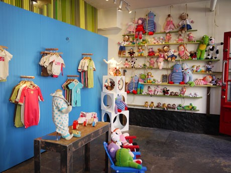 Infant Clothes Stores on Boy Clothing Stores Find The Latest News On