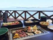 和歌山・加太に浜焼きバーベキューレストラン「カダテラス」 地元の海産物を提供