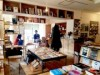 和歌山のシェアキッチン「プラグ」が書店に 本棚を増設、カフェ営業も