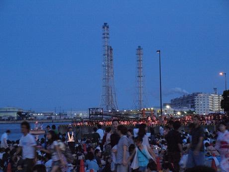 自転車の 尼崎 自転車 レンタル : 久里浜海岸周辺には約10万人が ...