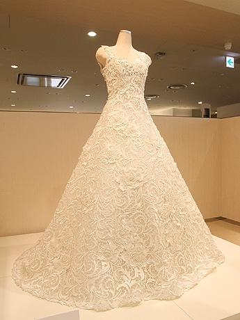 ギネス認定のウエディングドレス
