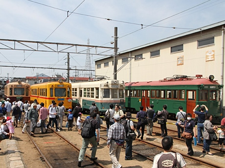 阪堺電車・あびこ道車庫で「路面電車まつり」(前回の様子)