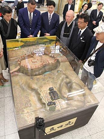 大阪上本町駅で「真田丸」復元ジオラマ公開