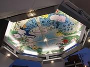 通天閣で72年ぶりに天井画復刻 夜間はライトアップ