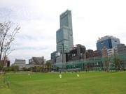 天王寺公園「てんしば」が1周年 420万人来園、グッドデザイン賞ベスト100受賞も