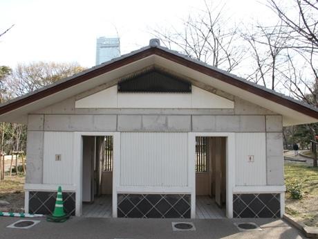 天王寺公園トイレの提案型ネーミングライツ募集 大阪市で初
