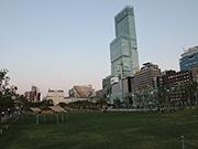 天王寺公園「てんしば」で盆踊り初開催へ 芝生広場で3日間