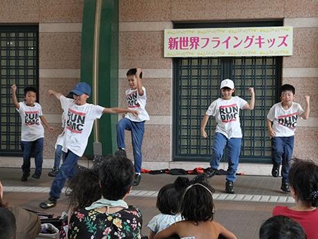 新世界でキッズダンスイベント「新世界フライングキッズ」