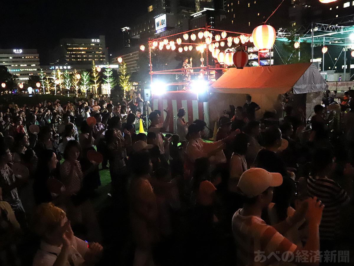 「てんしば」で盆踊り大会