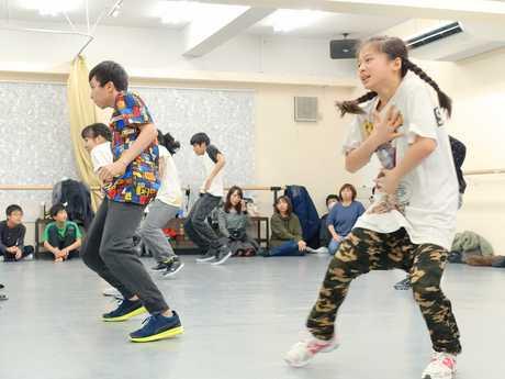 ヒップホップダンスで世界を目指す 足立区内でレッスンに励む