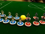 あだち放課後子ども教室で「おはじきサッカー」体験