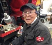 足立・工場男子、現役最高齢は90歳 黙々と部品製造担当