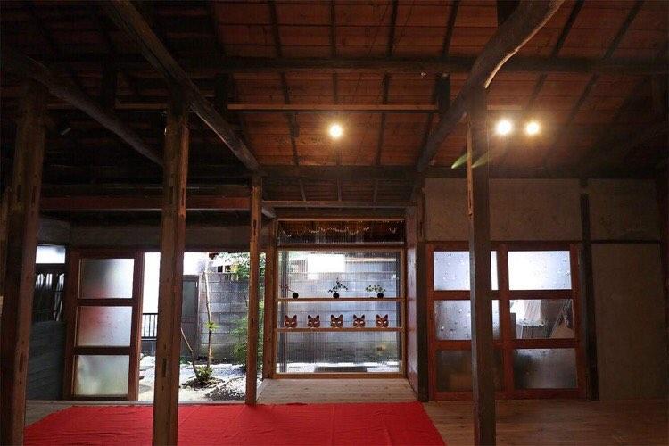イベントライブ会場となる北千住の古民家カフェ「rojicoya」