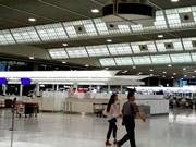 成田空港、飲食店を全面禁煙に-国内空港では初めて