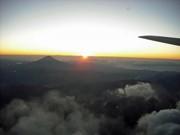 JAL・ANA、2013年初日の出フライト運航-元旦恒例の人気企画