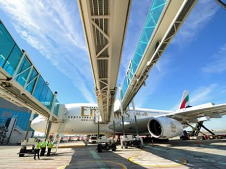 ドバイ国際空港にエアバスA380専用コンコース-20搭乗ゲート、成田便も発着