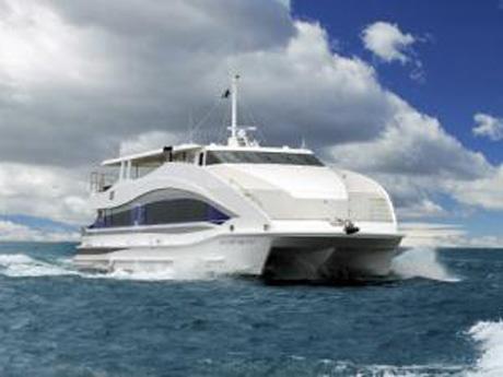 航空路の真下進むクルーズ「Under JET」、定期実施へ-羽田船着き場発着新企画
