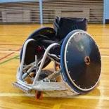 羽田空港美術館で「もっと知りたいパラリンピック」展 競技用車いす・義足など