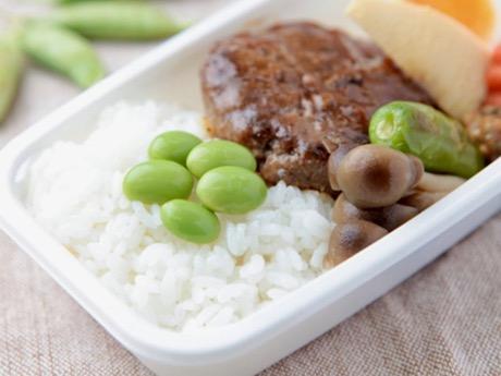 ピーチ、機内食で仙台ご当地メニュー提供 牛たんハンバーグなど3種類