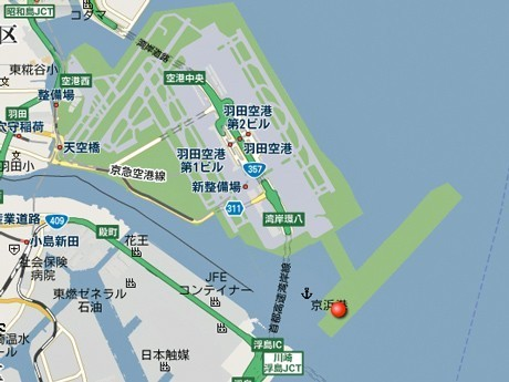 Haneda Runway D Appears on Google Maps - Manmade Island on the Sea