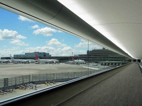 New Passageways to Connect Narita Terminal 2 & Satellite - Decommissioning of