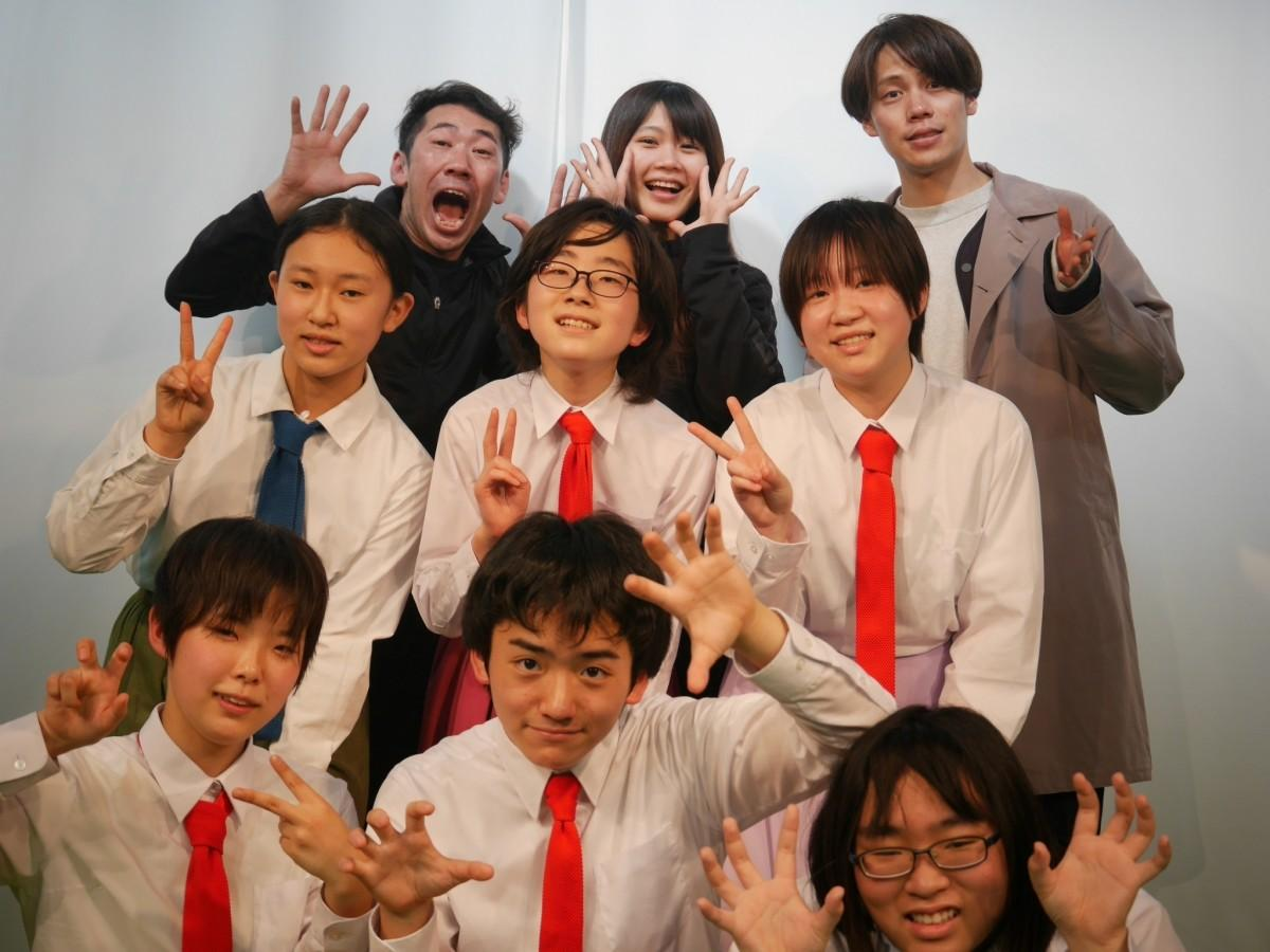第11期生北区AKTSTAGE演劇部のメンバーと主催劇団員のメンバー