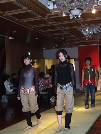 「ドゥ・ジャスティス」のファッションショーに参加したモデルたち。