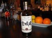 宮城県産ウイスキー、1本空いたら1万円-赤坂のバーが義援金