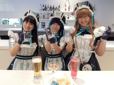 妖精型のピコさん(左)、妹&JK型のみうさん(中央)、アリス型のミアリスさん(右)