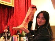 ホラー女優の三輪ひとみさん、赤坂にリビングバー「ボンノウ」-開店から半年