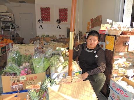 赤坂に「旬八青果店」-総菜メニュー用意、客同士の交流の場にも
