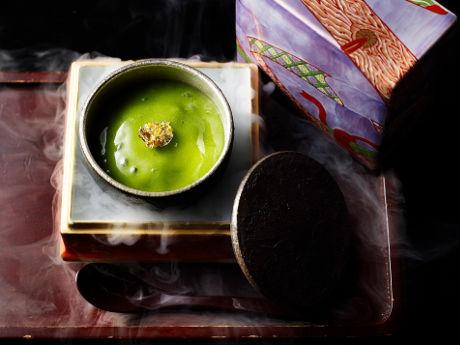 1月・2月は「浦島太郎」をイメージした泡盛ベースのカクテル