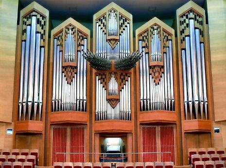 サントリーホールで休館直前の「オルガンコンサート」 無料のライブビューイングも