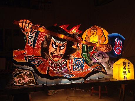 赤坂の青森アンテナショップで「ねぶた部」発足 ミニねぶた修復作業見学会を開催