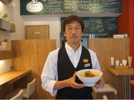 気軽に来店して欲しいと話す責任者の大曽根宏司さん