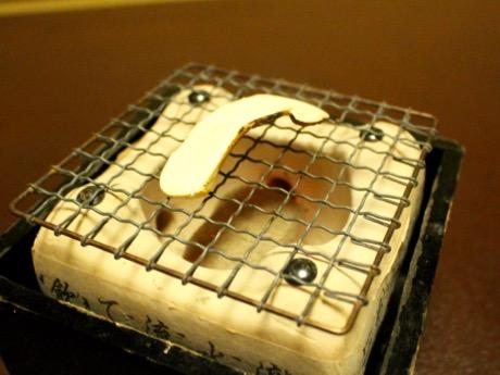 「赤坂松葉屋」で松茸づくしコース 11月までの提供、松茸ご飯お代わり自由も
