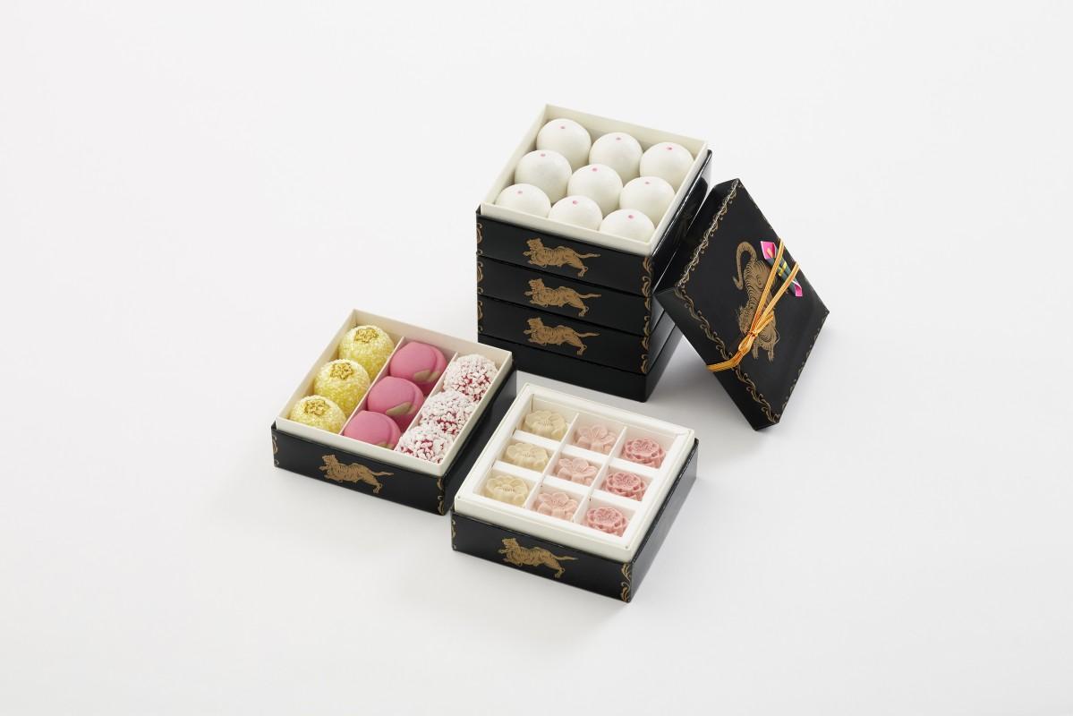 好きな小箱を5段まで重ねることができる「雛井籠(ひなせいろう)」