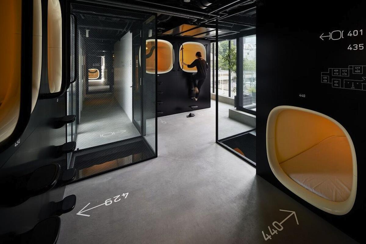 「開放的で、明るい空間」をイメージした館内 (c)Nacasa & Partners