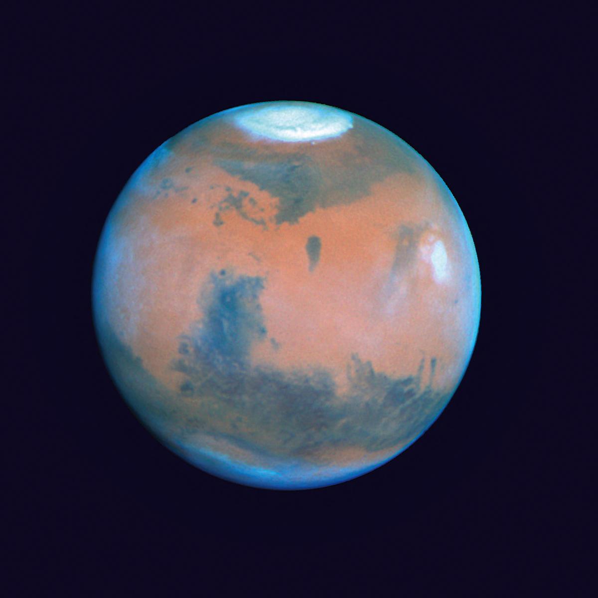 7月31日前後の約1ヵ月は火星を観察しやすい好条件が続く