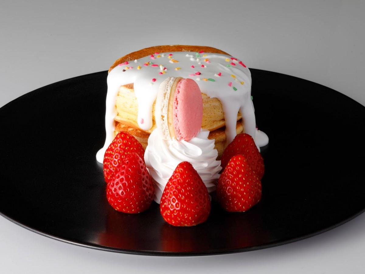 コーヒーショップ「SATSUKI」で提供する新作の「ホテルニューオータニ特製 あまおうパンケーキ」